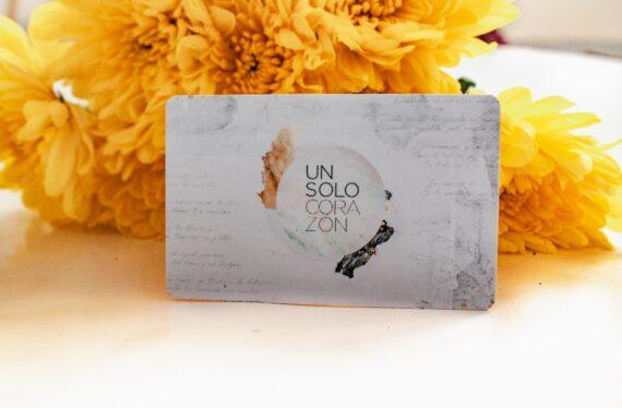 TARJETA DIGITAL - UN SOLO CORAZON 2019 FLORECE